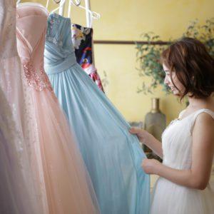 【衣裳レンタル】ドレスもタキシードもお得に!