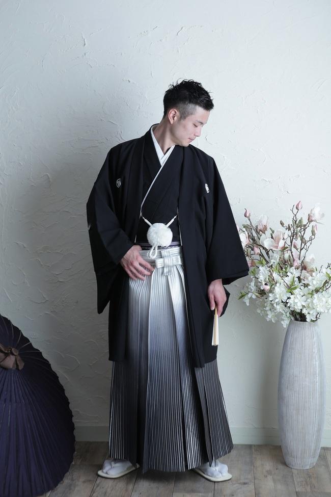 N【8001】袴-黒×シルバー
